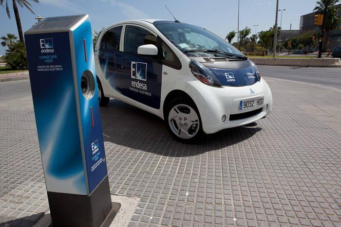 ZEM2ALL entrega los primeros coches eléctricos en la ciudad de Málaga