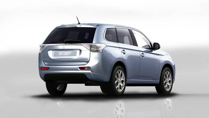 El Mitsubishi Outlander Plug-In Hybrid comienza su andadura comercial