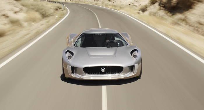 Qué motiva a Jaguar para seguir desarrollando el C-X75 estando ya cancelado