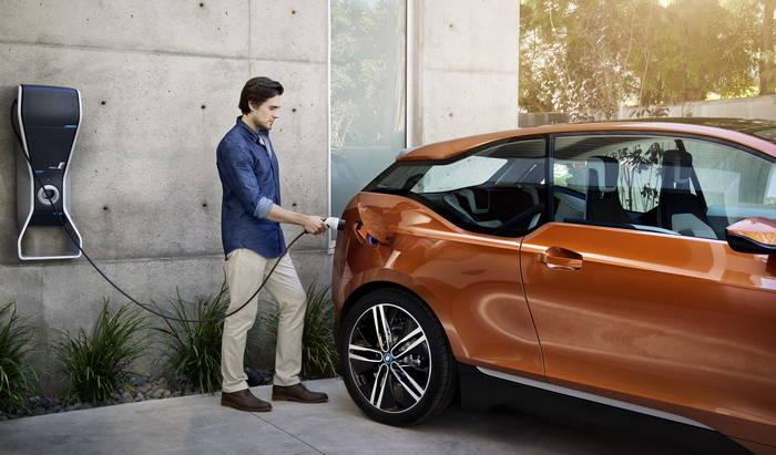 BMW i3: 220 Km con baterías, hasta 350 Km gracias al extensor de autonomía