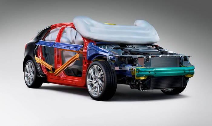 El Airbag para peatones de Volvo recibe el premio EuroNCAP a la innovación