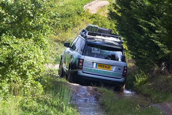 Range Rover Hybrid y Range Rover Sport Hybrid: Land Rover se apunta a los híbridos diésel