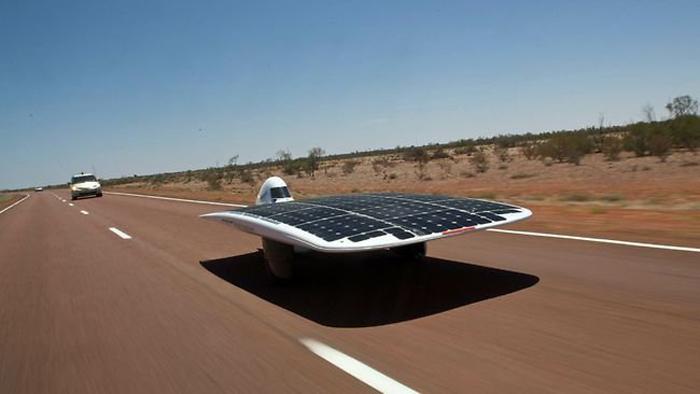 Los coches solares tambi n compiten esta vez en australia for Mitsuba motor solar car