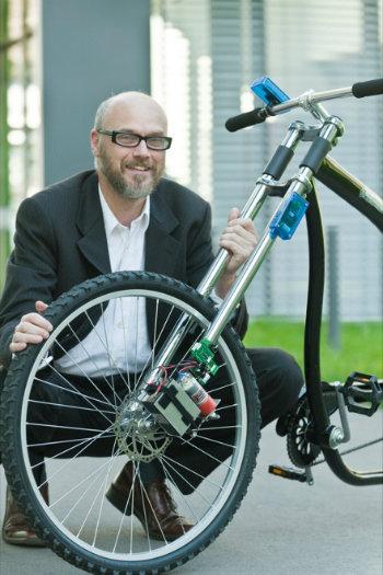 79e4e7526 Investigadores de la Universidad de Saarland (Alemania) han desarrollado un  sistema de frenado inalámbrico para bicicletas que sustituye las  tradicionales ...