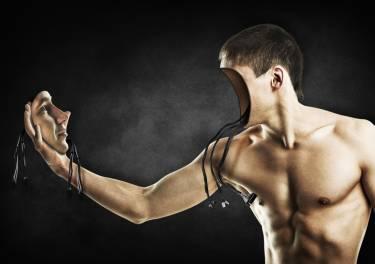 Biohackers y autoimplantes: así es como alguna gente quiere ser más que humana