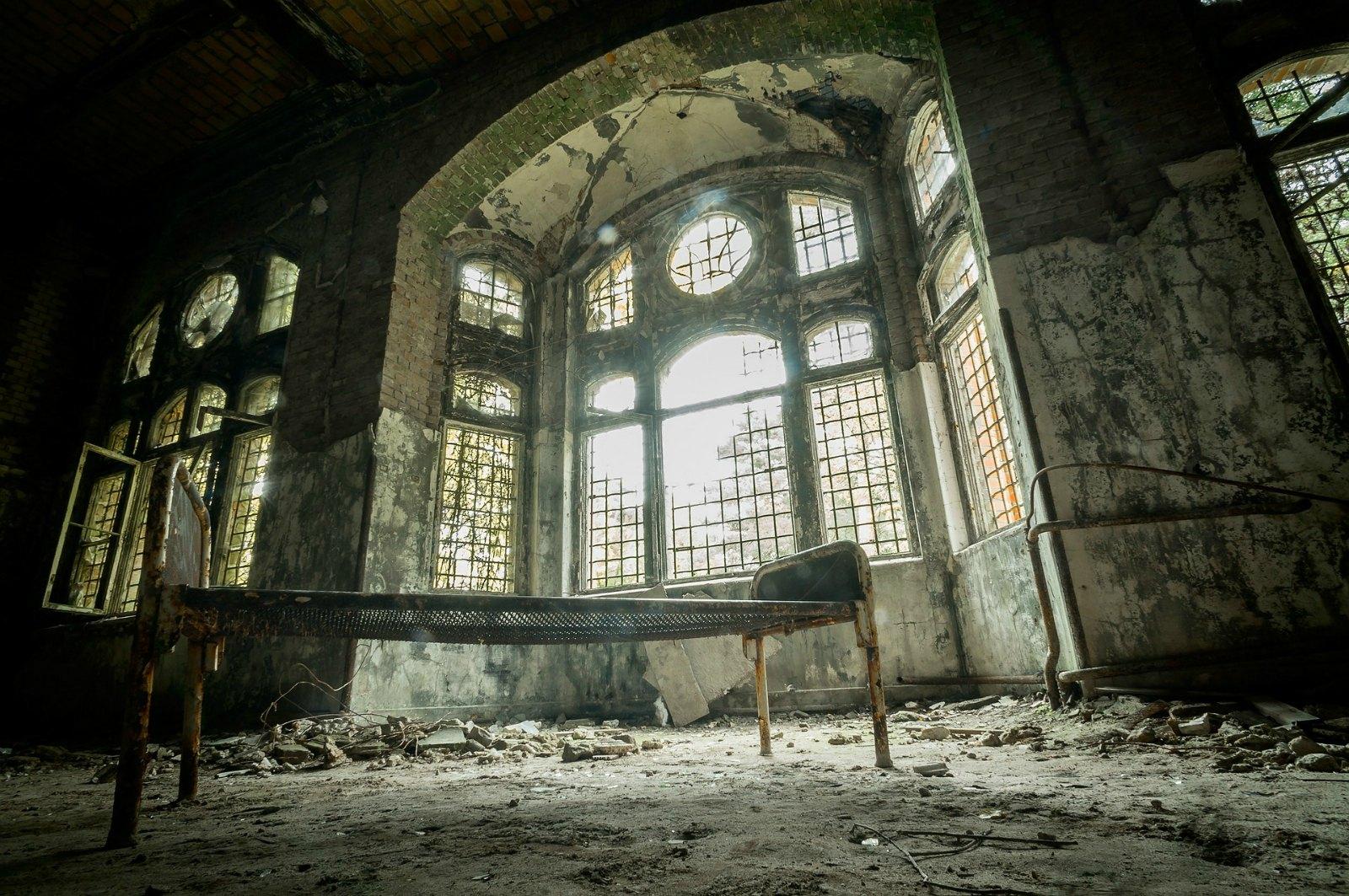 Lo bonito es ser un voyeur… de sitios abandonados | Vapor